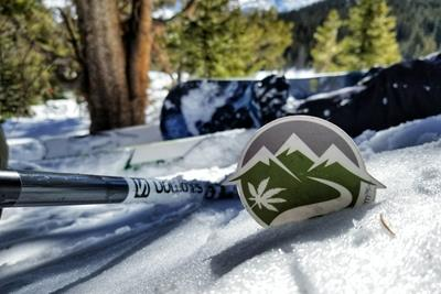 The 7 Best Strains for Skiing and Snowboarding