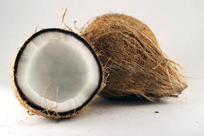 Why Coconut Oil is Best for Cannabis Infusions